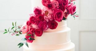 کیک با دیزاین گل آبشاری، کیک عروسی