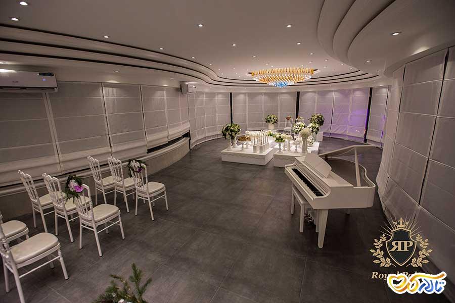 سالن عقد و پبانو تالار عروسی رویال پالاس